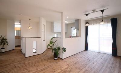 2FLDK|無垢材と珪藻土の湘南スタイルの家