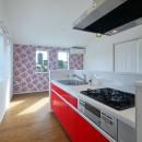 Kengington House(ケンジントンハウス)の写真 赤の部屋LDK