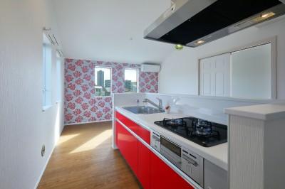 赤の部屋LDK (Kengington House(ケンジントンハウス))