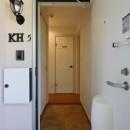 Kengington House(ケンジントンハウス)の写真 ファミリータイプのアパートは、壁面靴収納