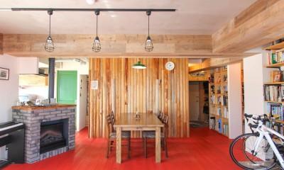 赤い床の山小屋ハウス