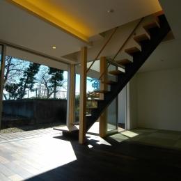 E-House (リビングダイニング+和室)