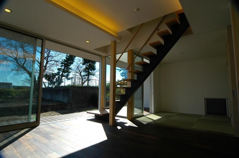 E-Houseの写真 リビングダイニング+和室