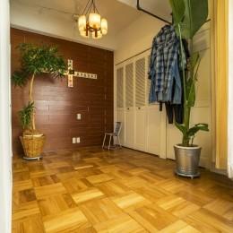 クリエイティブな作品が生み出される遊び心あふれたインダストリアルな空間 (プライベートルーム)