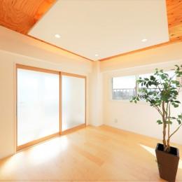 中古マンション・フルリノベーション_002「光と風が通りぬけるやすらぎの住空間」 (002「光と風が通りぬけるやすらぎの住空間」リビング)