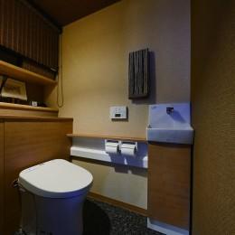 こだわりの内装と付け梁で憧れの南国リゾートホテル風の住まいへ
