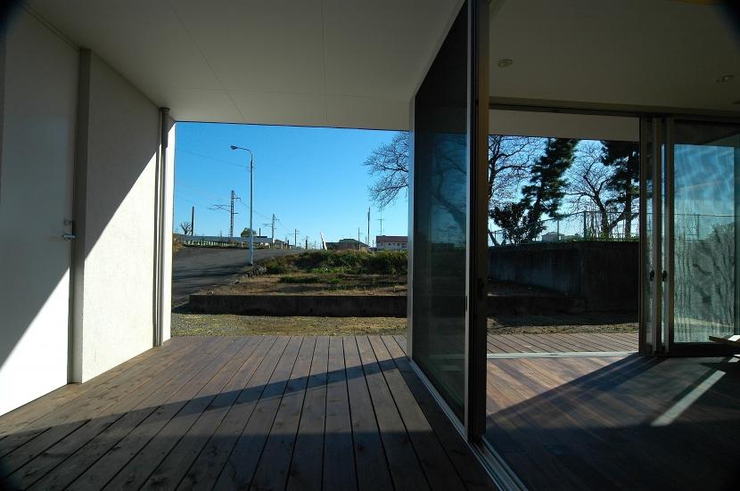 E-Houseの写真 リビングダイニング+テラス