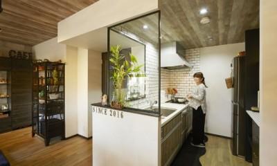 キッチン|お気に入りの雑貨に囲まれたニューヨークカフェスタイルのお家