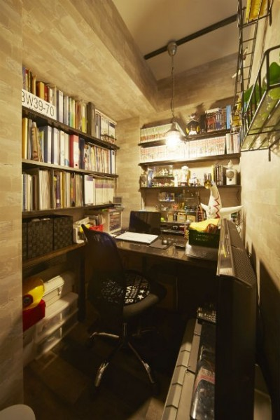 書斎 (お気に入りの雑貨に囲まれたニューヨークカフェスタイルのお家)