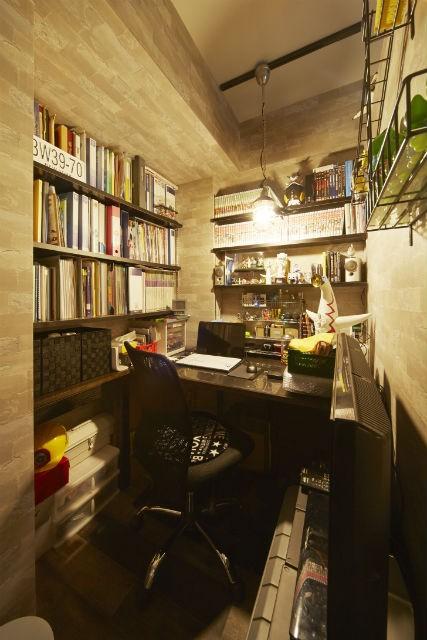 お気に入りの雑貨に囲まれたニューヨークカフェスタイルのお家 (書斎)