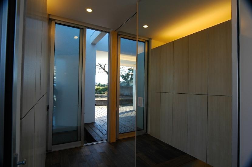 E-Houseの部屋 玄関