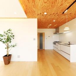 中古マンション・フルリノベーション_002「光と風が通りぬけるやすらぎの住空間」 (002「光と風が通りぬけるやすらぎの住空間」リビング02)
