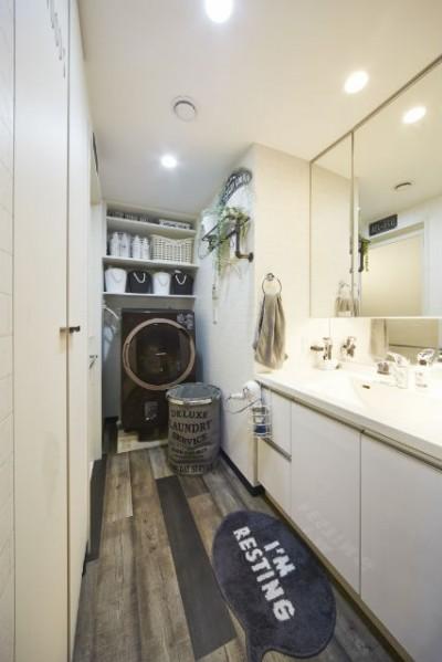 洗面所 (お気に入りの雑貨に囲まれたニューヨークカフェスタイルのお家)
