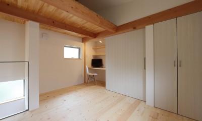 デザイナーズチェアが映えるシンプルに魅せる家 (フリースペース)
