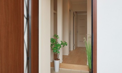 デザイナーズ企画仕様:シンプルハウスN (玄関ーシューズクローゼット)
