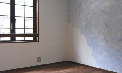 木造耐火構造の町屋~狭小地3階建ての住まい~ (子供室壁塗りDIY)
