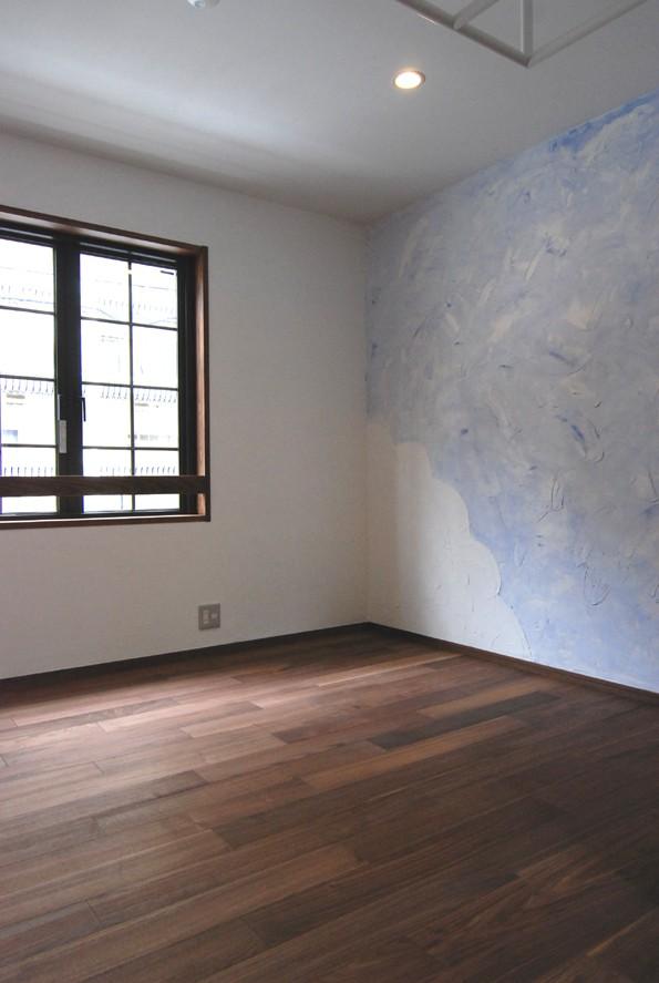 子供部屋事例:子供室壁塗りDIY(木造耐火構造の町屋~狭小地3階建ての住まい~)