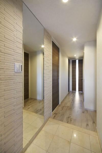 玄関 (ライフスタイルに合わせたリフォームで理想の暮らし)