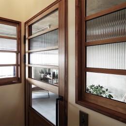 混ぜるほどに味が出る暮らし。愛知県安城市・マンションリノベーションK様邸 (廊下)