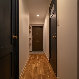 マンションリフォーム『Industrial styleと畳フローリングの融合』 (廊下)
