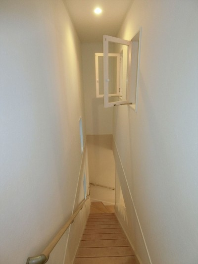 階段 (デザイナーズ企画仕様:シンプルハウスN)
