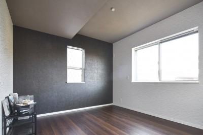 寝室 (Black & White、モダンレジデンス)