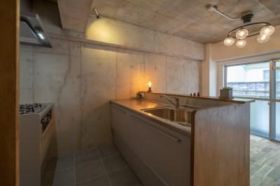 キッチン (マンションリフォーム『Industrial styleと畳フローリングの融合』)