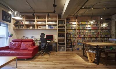 無骨な内装が雰囲気のある空間を演出|おうち図書館×大人の秘密基地がテーマのこだわりの住まい