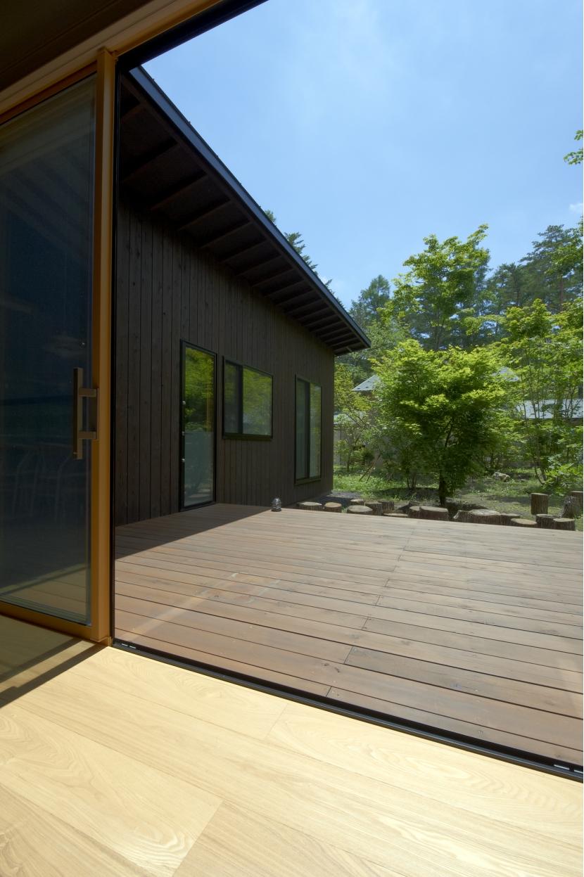 軽井沢の家 (デッキテラス)