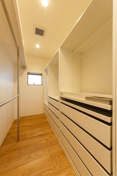 re.haus-tn 寝室 (re.haus-tn/二世帯住宅の一世帯分をフルリノベーション)