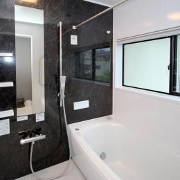 増築して完全分離型二世帯住宅に (浴室)