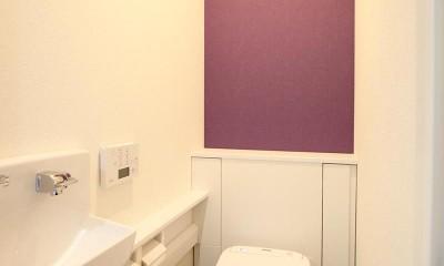 増築して完全分離型二世帯住宅に (トイレ)