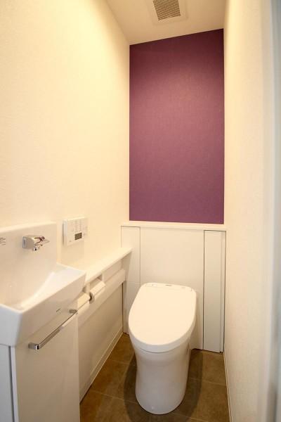 トイレ (増築して完全分離型二世帯住宅に)