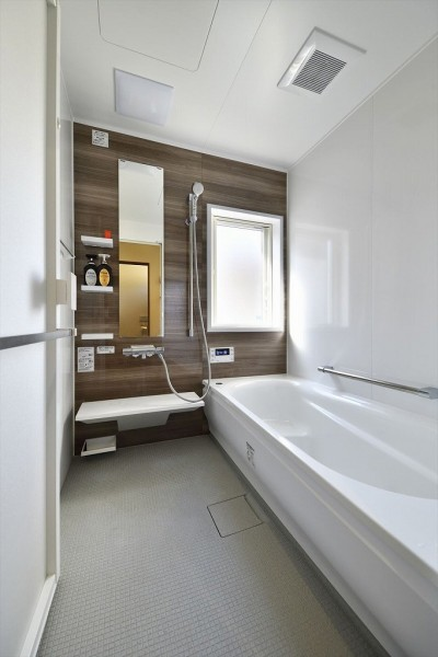 お風呂 (ここまで変わる!築40年の戸建てを一新)