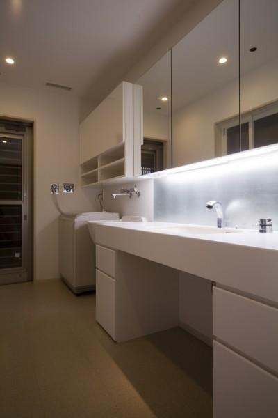 洗面所 (上尾の家)