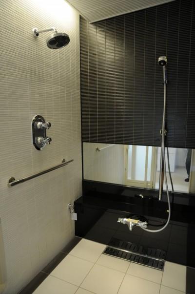 浴室 (上尾の家)