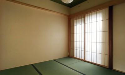 裁縫スペースのある家 浦和マンションリノベーション (障子越しのやわらかな光が心落ち着かせる和室)