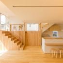 植村康平の住宅事例「リビング・テラス、そして階段。大人も子どもも楽しく過ごせる家」