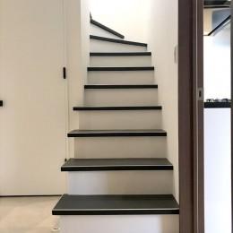 鎌倉市耐震リノベーション (階段)