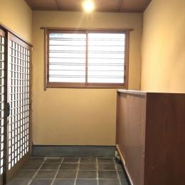 鎌倉市耐震リノベーション (玄関)
