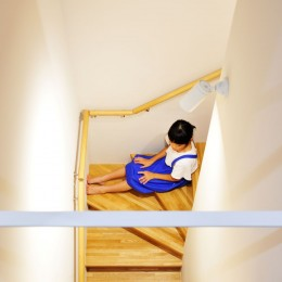 春日部の住宅 (階段)