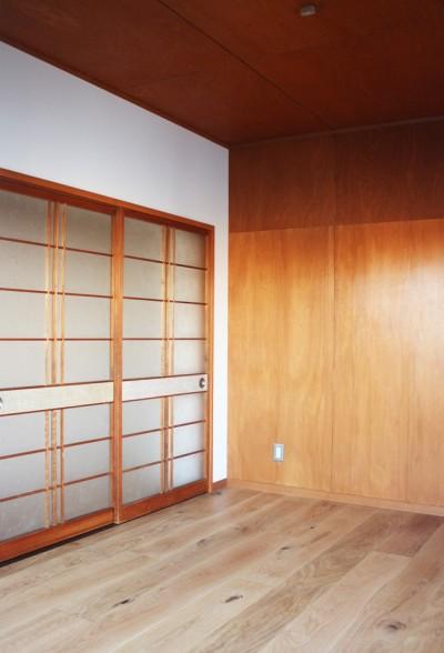 既存建具を再利用したクローゼット (豊橋市H邸/リノベーション)