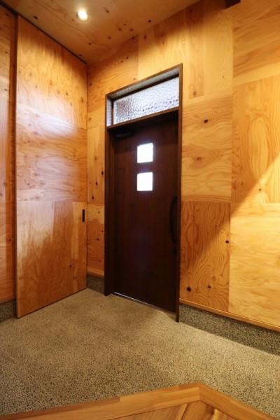 玄関 (「住む人が家を好きになる。」カスタマイズする家)