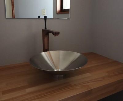 手洗いカウンター (「住む人が家を好きになる。」カスタマイズする家)