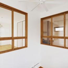 S邸「ほっこり」陽だまりの家。 (室内窓)