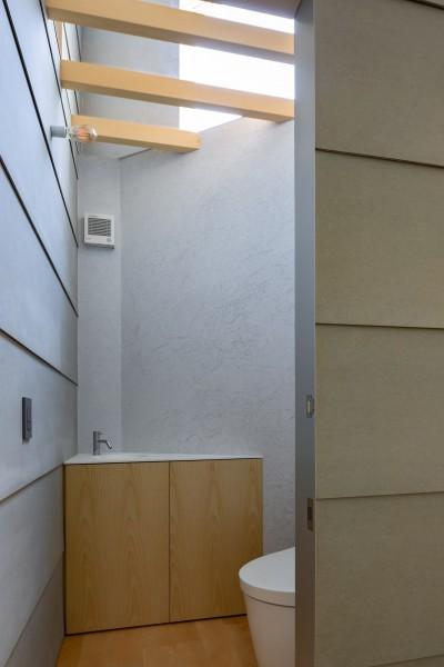 トイレ (垂井町のコートハウス)