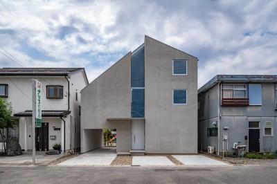 外観 (西改田の二世帯住宅)