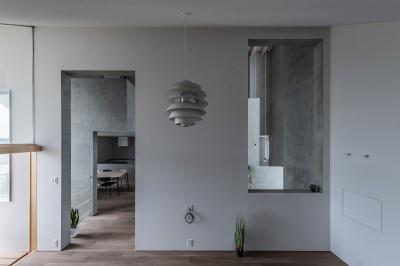 西改田の二世帯住宅 (リビング 動線室)