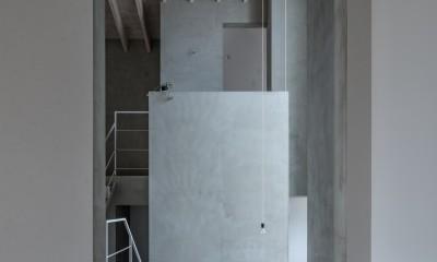 西改田の二世帯住宅 (リビング 動線室 2F,3F寝室)