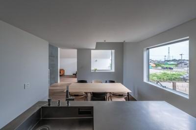 キッチン ダイニング 動線室 (西改田の二世帯住宅)